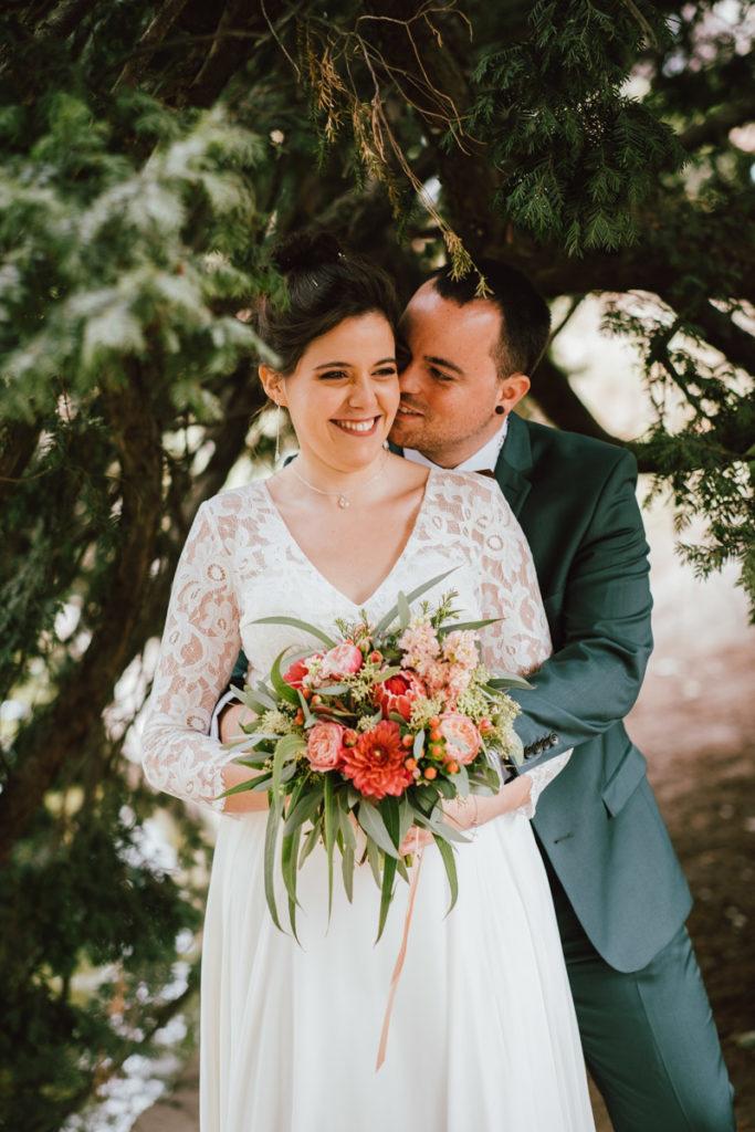 Séance couple de mariés au parc de Flagey à Ixelles